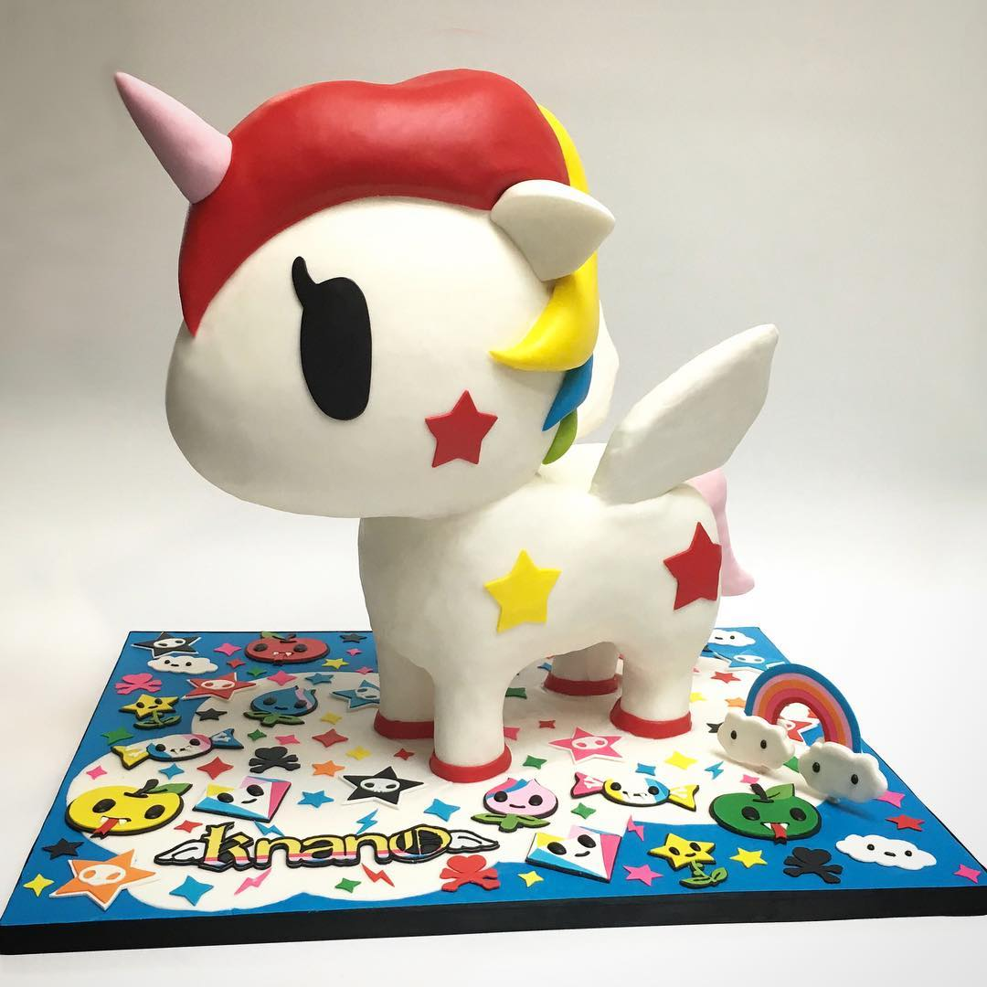 Tokidoki 3D sculpted cake