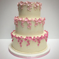 Mini Sugar Flowers Cake