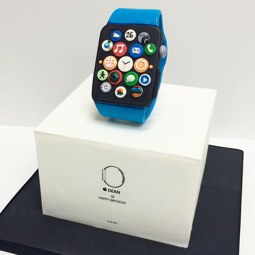 apple watch cake