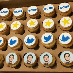 CBS's Young Sheldon cupcakes