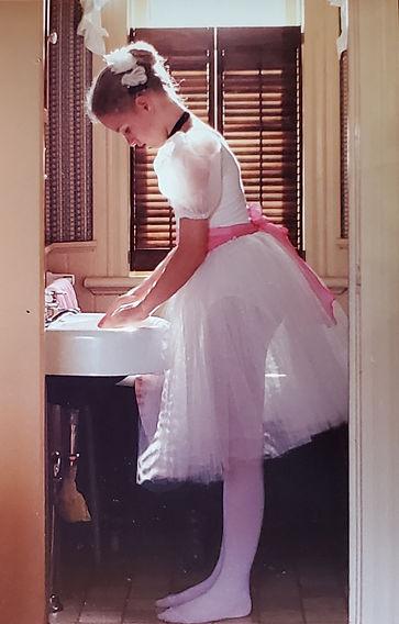 Handwashing Ballerina .jpg
