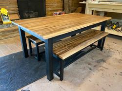Custom_dining_table-houstone