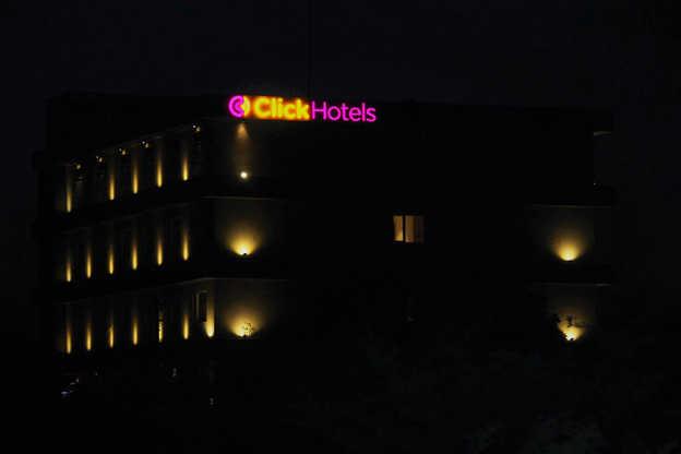 Click Hotels.jpg