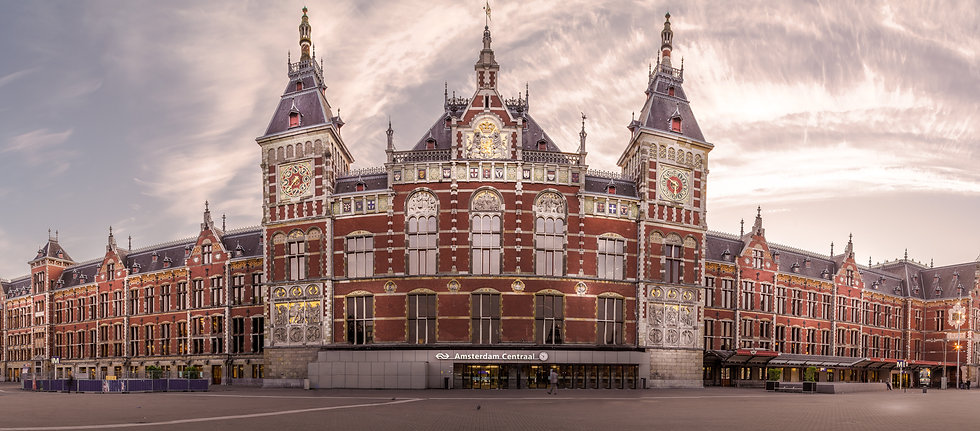 Amsterdam Centraal Station, Amsterdam CS - photo by Kaan Sensoy