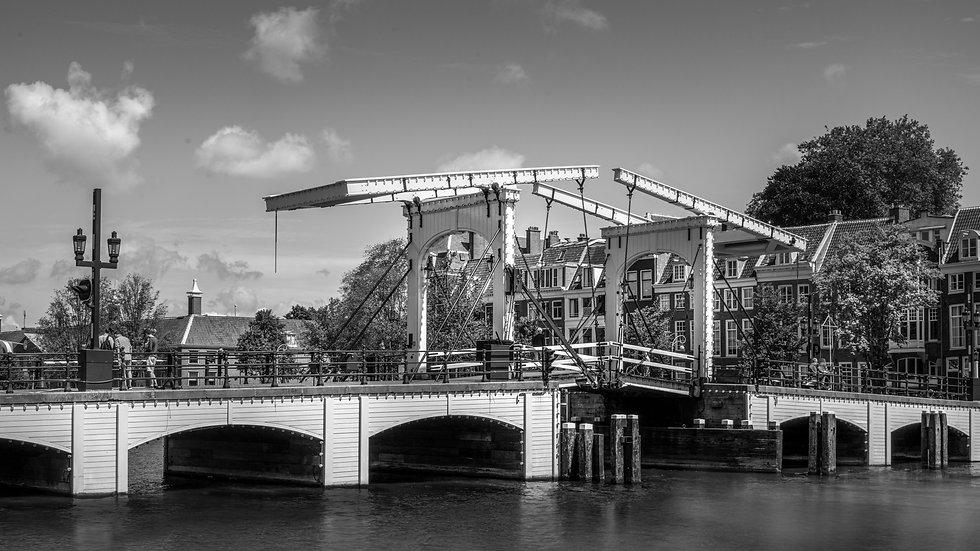 Skinny Bridge - Magere Brug- Amsterdam-BW photo by Kaan Sensoy
