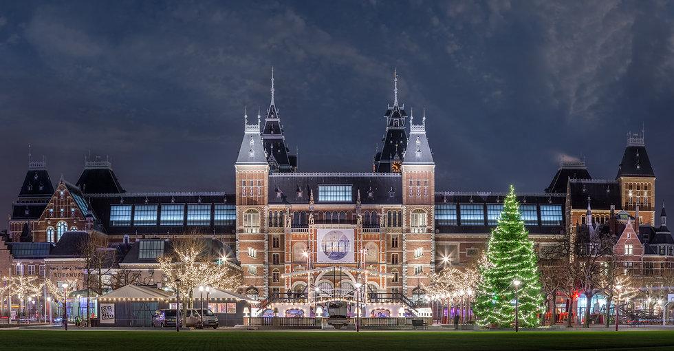 Christmas Time around Rijksmuseum in Amsterdam - photo by Kaan Sensoy