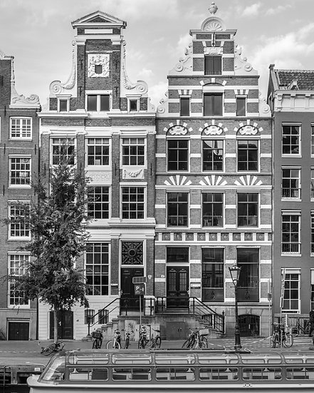 The Rokin, Amsterdam - Black and White photo by Kaan Sensoy