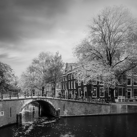 Autumn in Amsterdam, A romantic, pastoral canal view from Reguliersgracht | Amsterdam Photos