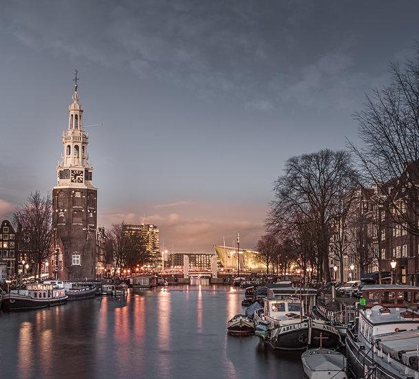 The Montelbaanstoren- A tower on  Oudeschans, Amsterdam - photo by Kaan Sensoy