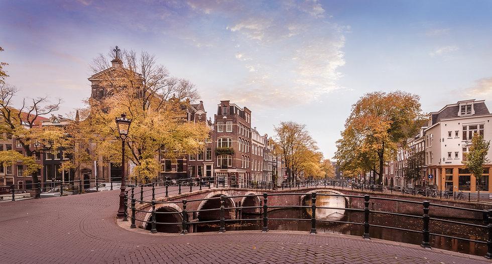 Autumn in Seven Bridges, Amsterdam - photo by Kaan Sensoy
