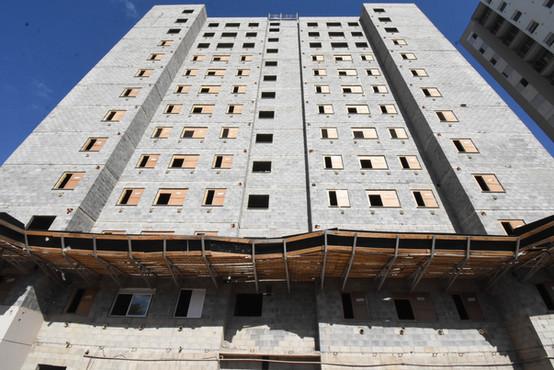 Torre D - Julho