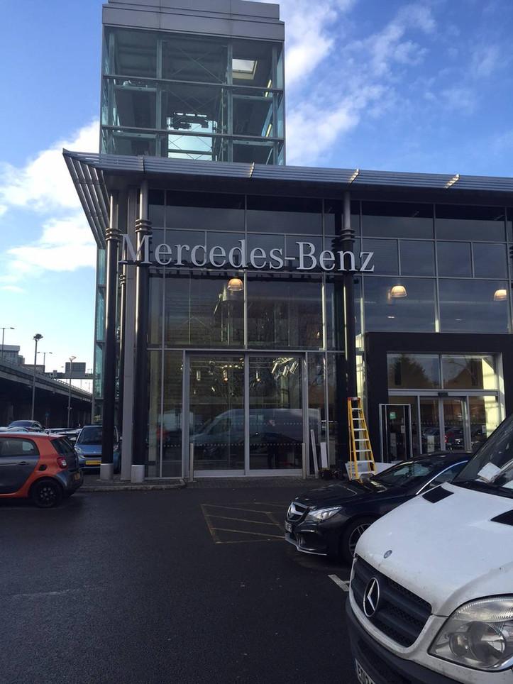 Mercades Benz.jpg