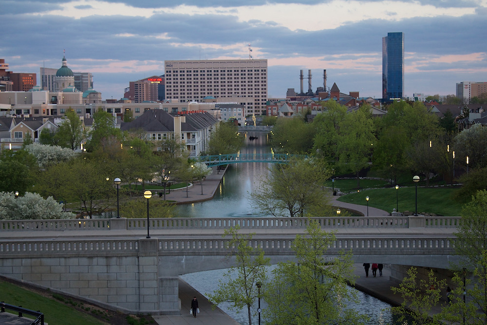 2015-04-26-DowntownCanal-Indy-02.jpg