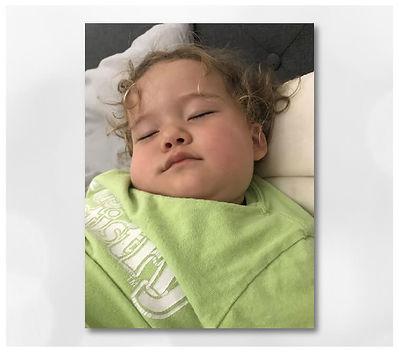 咳で苦しそうにしていた娘にブリーズオイルを使ってみた時のイメージ