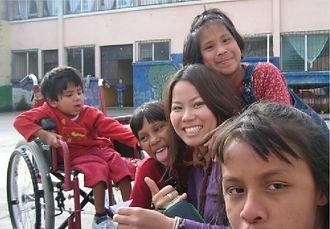 ログスドン沙恵子 南米訪問時(人道支援活動)