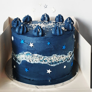 Night sky fault line cake