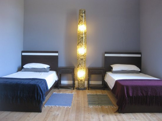 part-of-a-3-bed-room.jpg