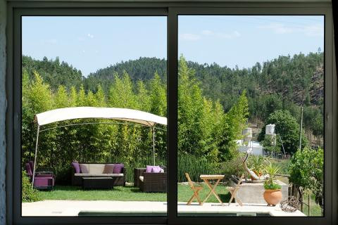 healthy-and-natural-yoga-retreat-in-port