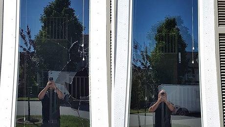 Sealed unit replacement of a vandalised window_#theglassmen #professionalglassservice #windowrepair