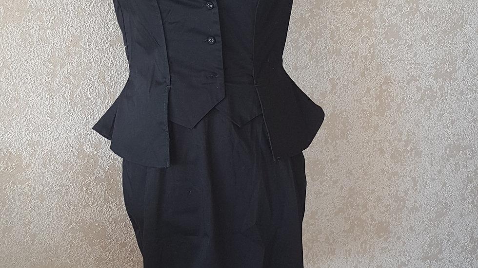 Robe noire Alexander Mc Queen