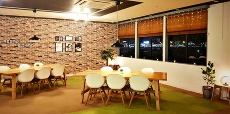 Rest & Cafe