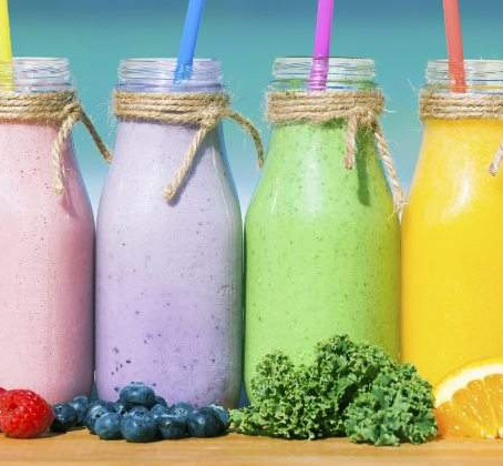 HEALTHY SMOOTHIES TO BEGIN YOUR DAY