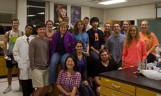 Lab with undergrads.jpg