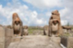 Sphinx_Gate,_Alaca_Höyük_medium.jpg