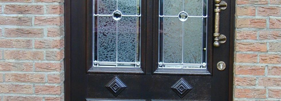Rahmentüre mit Bleiverglasung