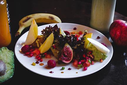 louis-hansel-restaurant-photographer-xfcGkXhkHdc-unsplash.jpg