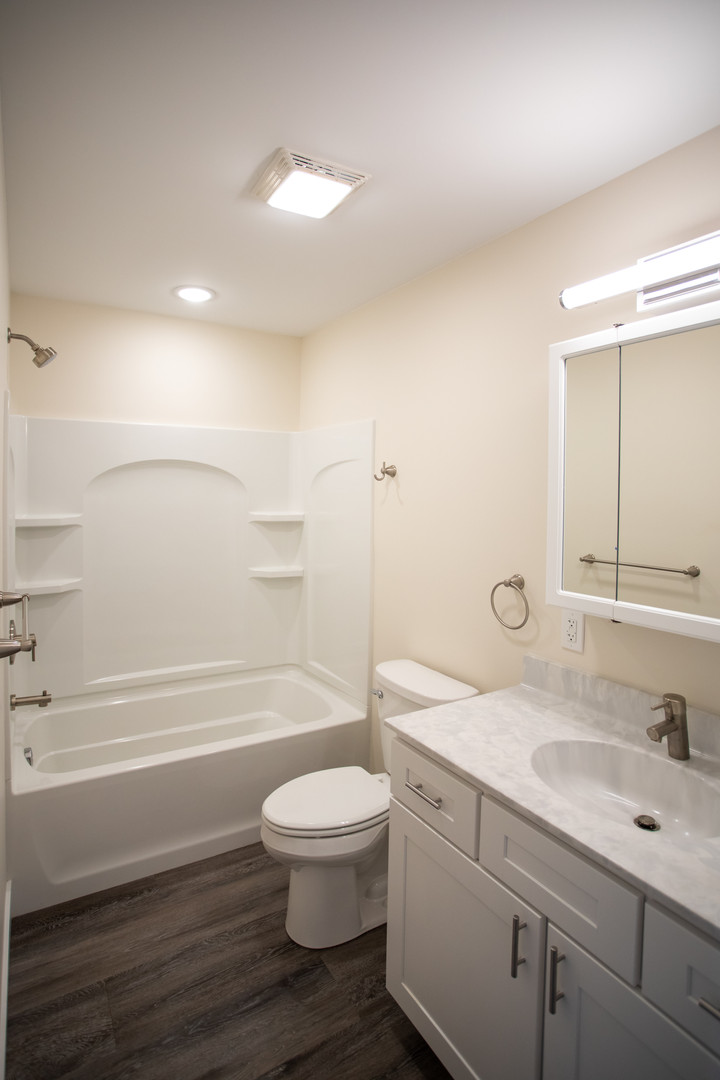 Unit 1 Full Bathroom