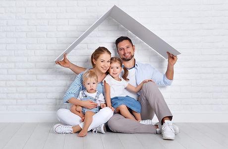 shutterstock_famille toit.jpg