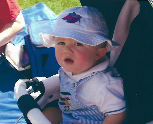 bucket hat n - Noah Calkins.jpg