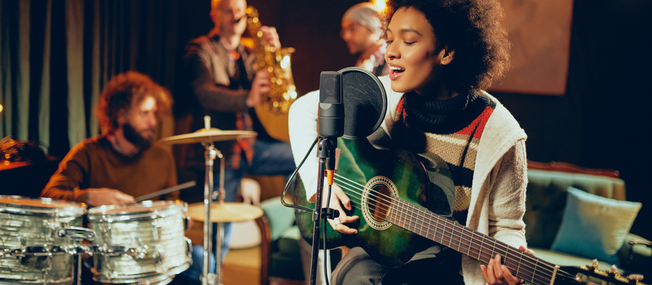 9 Reasons Why Musicians Should Add Live Virtual Performances to Their Post-Pandemic Schedules
