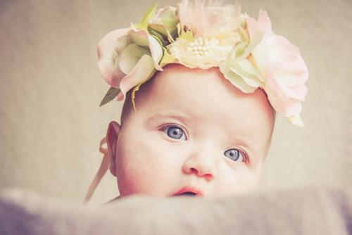séance photos enfant 6 9 mois. Photos studio enfant