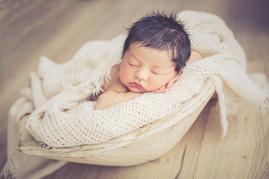 séance photo nouveau né studio, photo de bébés, new born posing, photos de naissance