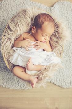 séance photo nouveau né studio, photo de bébés, new born posing, photo de naissance