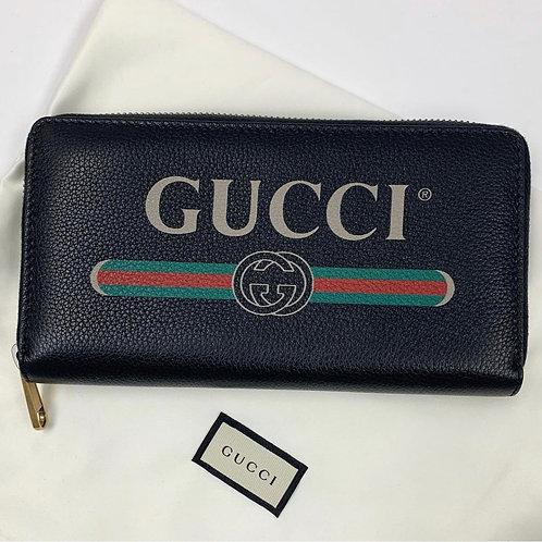 Gucci Logo Zippy Wallet