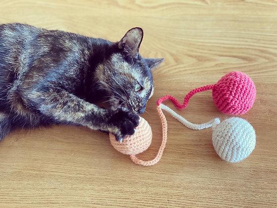 ねこのおもちゃ(ボール)ピンク