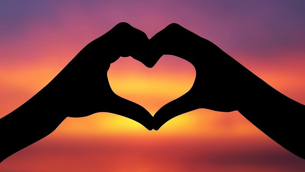 семья, отношения, конфликты, барьеры, проблемы, личная жизнь, быть в паре, взаимоотношения, семейная психотерапия, руки, сердце,