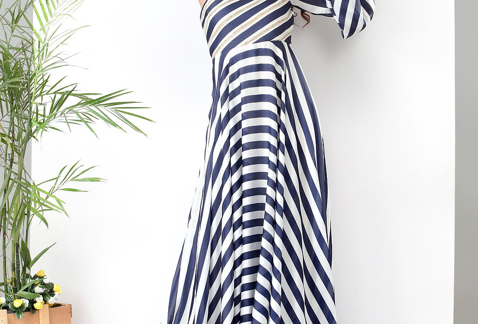 ONE SHOULDER STRIPPED GOWN