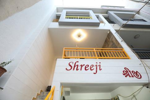Nirajbhai Rajkot Residence 34.JPG