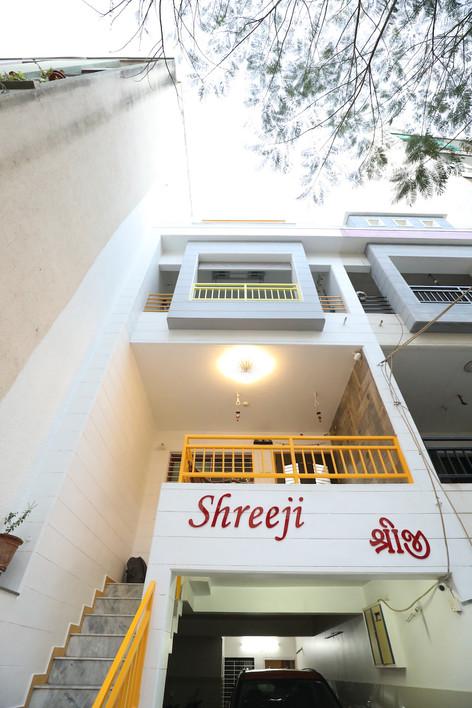 Nirajbhai Rajkot Residence 33.JPG