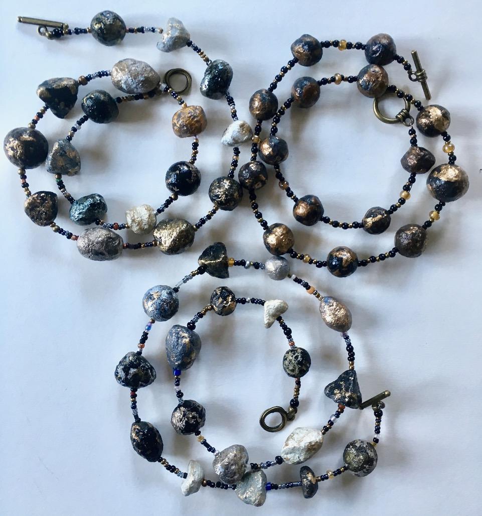 De Terra necklaces:Caerulium&Rubrum