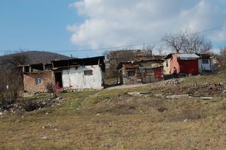Výzva mimovládnych organizácii vláde, aby sa zamerala na riziko šírenia pandémie v osadách a getách