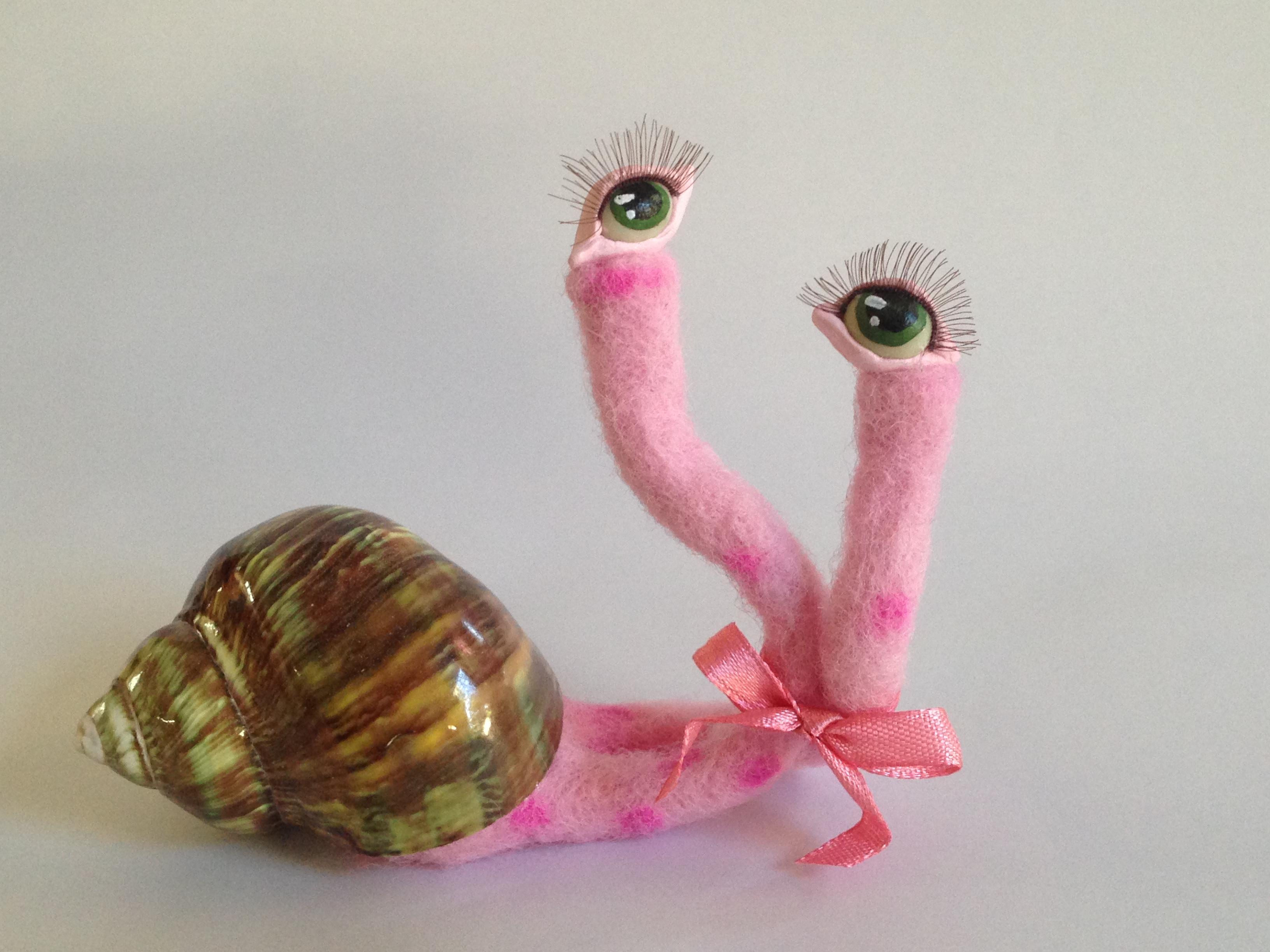 Alien Snail Pinky