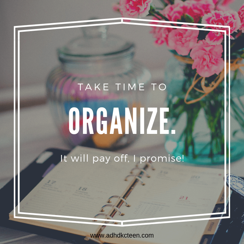 If you take a few minutes each day to fill out a planner and review what needs to be done, you will save yourself a ton of time overall. And have fewer periods of last minute anxieties! #organize