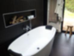 Baignoire, WC, Plancher Chauffant, meube vasque