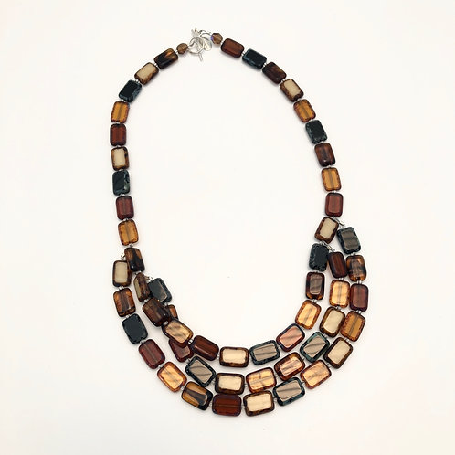 square beads necklace triple strand