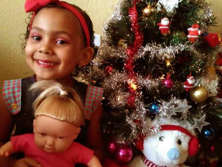 Em celebração do Natal, a ASCL – Jardim das Borboletas levou alegria às famílias da Creche Casulo
